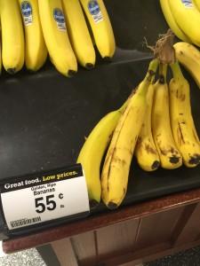 Bananas non-organic